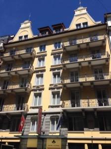 Hotel ALPINA Luzern direkt am Bahnhof und nur 3 Minuten von der Messe Luzern entfernt!