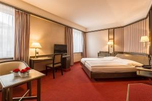 Hotel MONOPOL Luzern Doppelzimmer